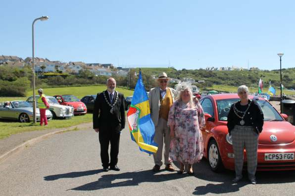 Also pictured: Cllr Michael James (Chairman, Pembrokeshire County Council) & race organisers Jeff and Sian Edwards